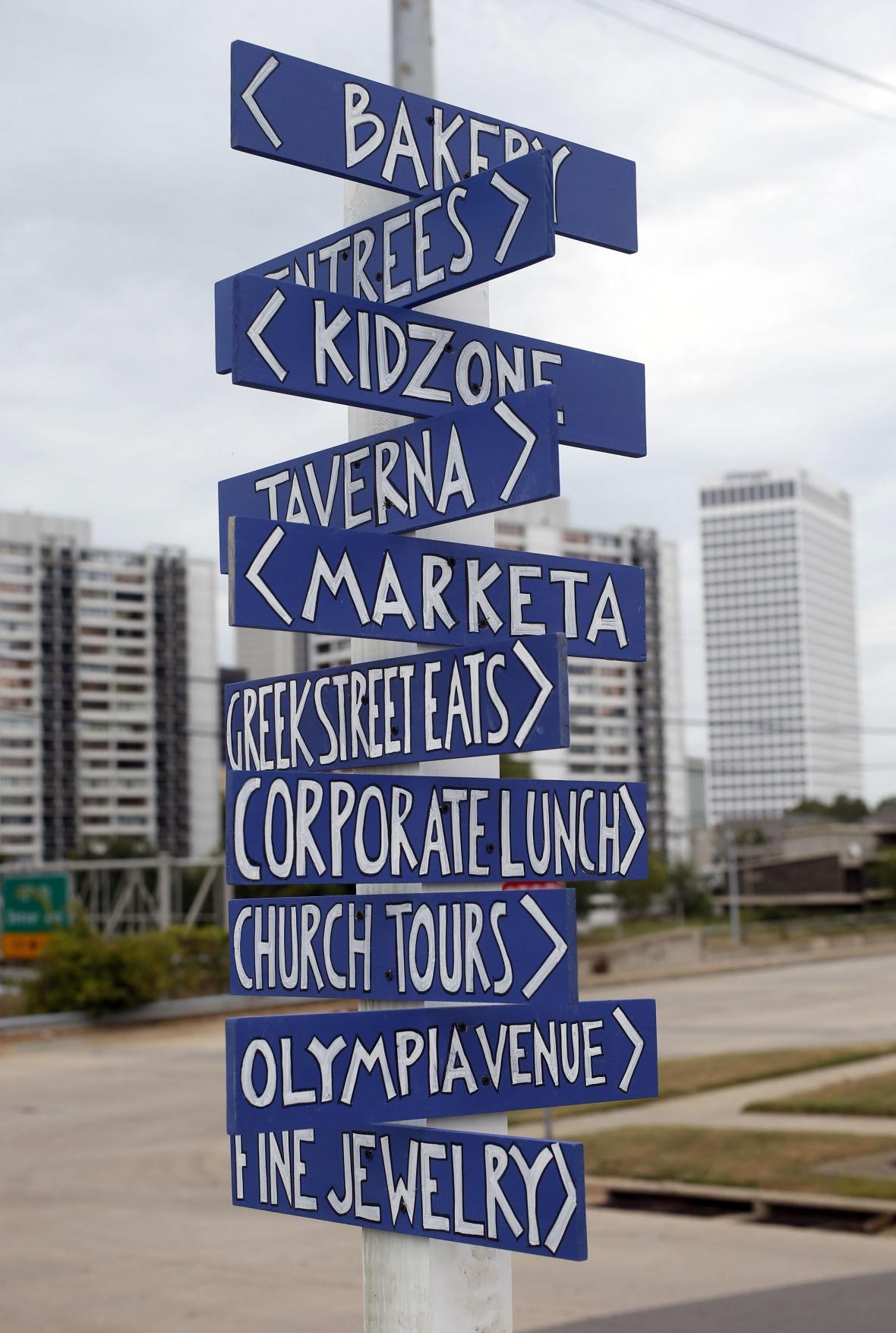 """<span  class=""""uc_style_uc_tiles_grid_image_elementor_uc_items_attribute_title"""" style=""""color:#ffffff;"""">streetsign</span>"""